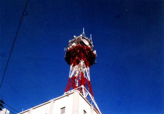 鉄塔とか電柱ってつい撮っちゃう。